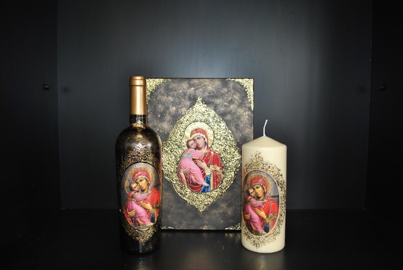 Кутия с вино и свещ