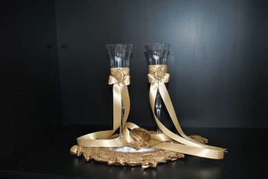 Champagne glasses and ring box